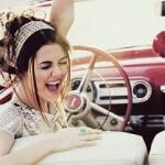 Невообразимое очарование женщины за рулём