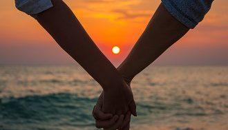 Любовь и вера в отношениях картинка